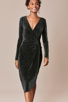 Блестящее трикотажное платье с запахом