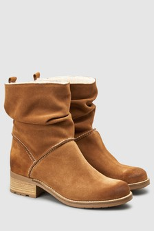 Signature Comfort Pull On Ankle Boots