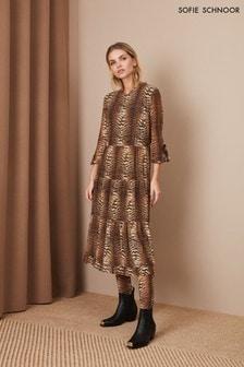 فستان متوسط الطول طباعة نمر من Sofie Schnoor