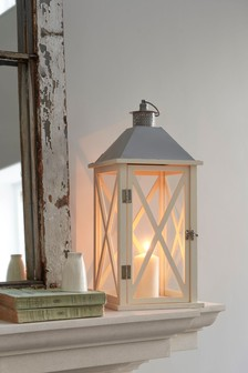 Country Wood Lantern