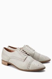 皮革布洛克鞋