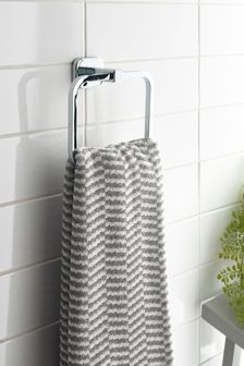 Garda Towel Ring