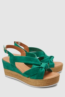 נעלי פלטפורמה אסימטריות עם קשרא