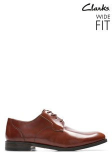 Clarks Wide Fit Tan Edward Plain Shoe