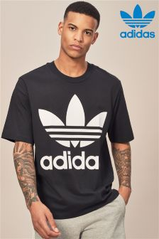 adidas Originals Oversized Trefoil T-Shirt
