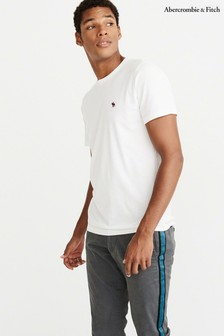 1b5e7b8ac6 Abercrombie   Fitch Clothing UK