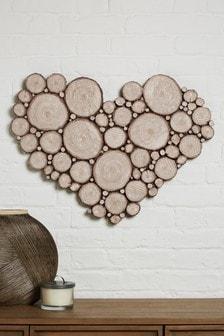 Placa efecto madera con diseño de corazón