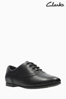 Clarks Jules Walk Black Leather Lace-Up Youth Shoe
