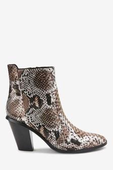 Western Slant Heel Boots