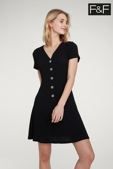 Czarna sukienka skater F&F zapinana na guziki