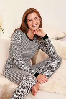 Medium Weight Truetherm™ Long Sleeve Top And Leggings Set