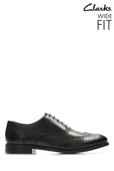 Clarks Wide Fit Black Edward Walk Shoe