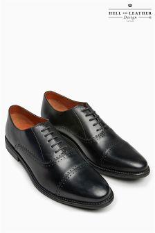 Туфли с перфорацией и закрытым носком