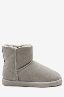 beaef7ddb659 Suede Slipper Boots