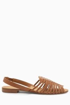 Sandale in Flechtoptik mit Fersenriemen