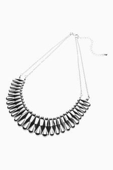 Textured Metal Short Necklace