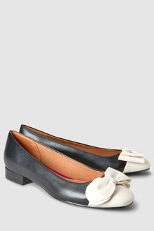 Formal Bow Ballerinas