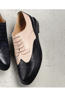 Signature Comfort Leather Brogues