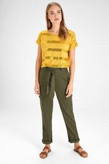 Praktické nohavice s predným vreckom