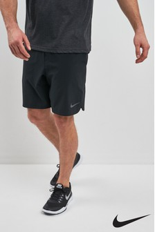 "Nike Train Black 8"" Vent Max Short"