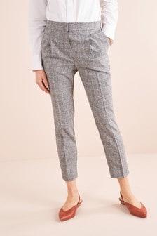 Pantalones de corte tapered con parte posterior elástica