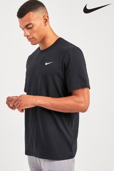 Спортивная футболка Nike Dri-FIT