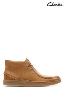Clarks Tan Oakland Mid Boot