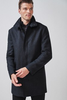 Kabát z italské látky s komínovým límcem