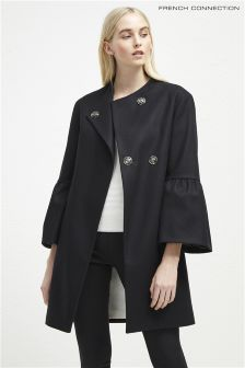 Черное пальто с рукавом-колокол French Connection