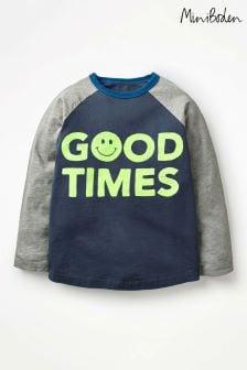 חולצת טי אמריקאית עם כיתוב של Boden בצבע נייבי