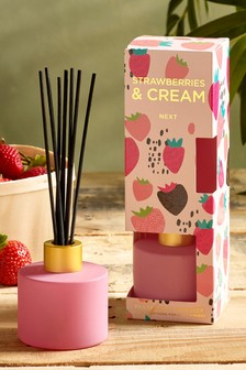 Strawberries & Cream 70ml Diffuser