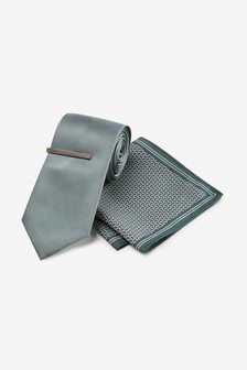 Tie With Geometric Pocket Square And Tie Clip Set