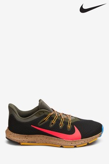 Nike Run Black/Khaki Quest 2 SE Trainers