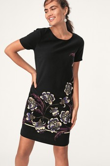 Short Sleeve Crew Neck Shift Dress