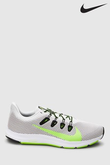 Nike Run Quest 2 Trainers