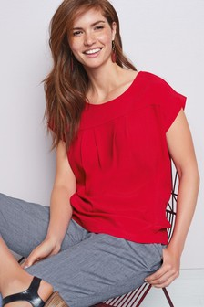 d7bdaaf3707bc Ladies Red Tops