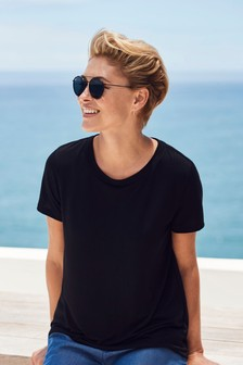 Emma Willis Basic T-Shirt