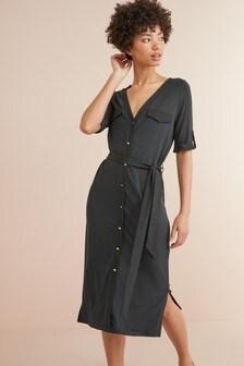 Платье-рубашка с карманом