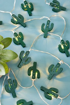Set of 15 Solar Cactus Line Lights