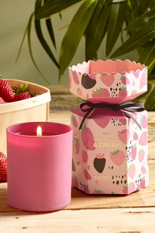 Strawberries & Cream Candle