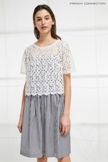 French Connection Sardinia Ausgestelltes Kleid mit Streifen, schwarz/weiß