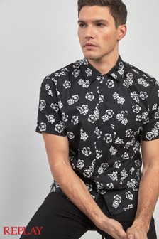 4be3aabf5ffa Buy Men s shirts Floral Floral Black Black Shirts from the Next UK ...
