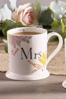 Est In 2019 Floral Mrs Mug