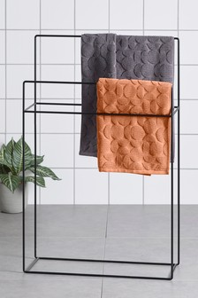 Free Standing Towel Store