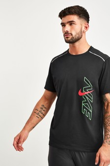 Nike Breathe Rise Black 365 Running T-Shirt