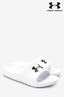 Chanclas con logo de Under Armour