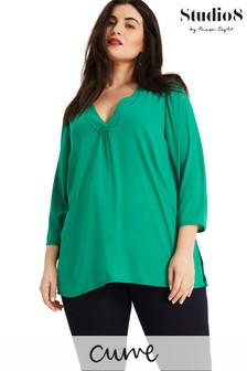 Studio 8 Green Heidi V-Neck Top