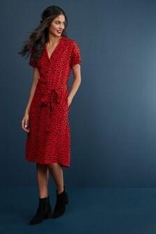 Платье-рубашка с отложным воротником