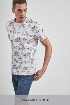 Полосатая футболка с принтом листьев
