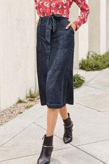 חצאית מידי בגזרת A עם חגורה